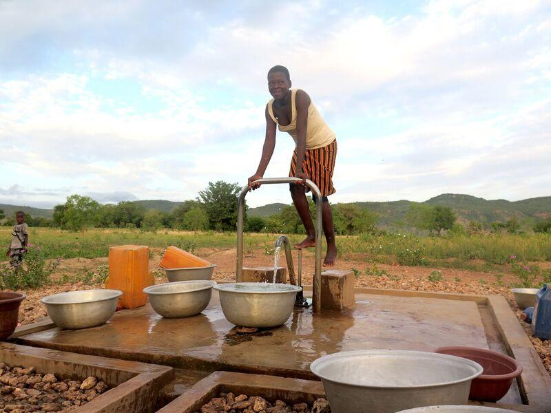 Benin - Fight floods and development of forests   Global